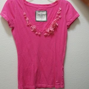 Abercrombie & Fitch V neck tee